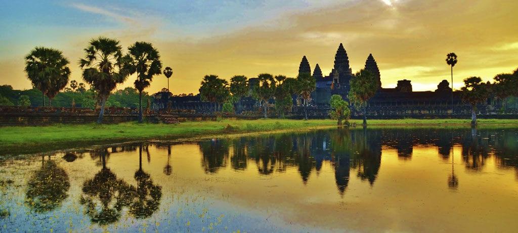 Asia-Cruising-Mekong-Indochina-AngkorWat-(1024x460)_1512015_33335